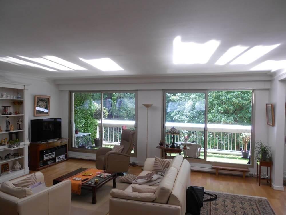 Espaciel balcon casquette apporter plus de lumi re naturelle chez soi - Apporter lumiere piece sombre ...