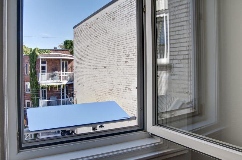 reflecteur-fenetre-capte-la-lumiere-du-jour-appartement-nord-solution-pour-apporter-de-la-luminosite