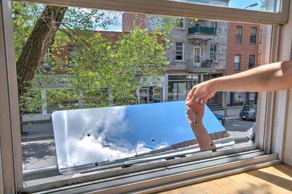 cinquième idée cadeau choisi par les Petits Frenchies et Espaciel, le Réflecteur Fenêtre Espaciel permettant d'apporter de la lumière naturelle dans son intérieur sans faire de travaux