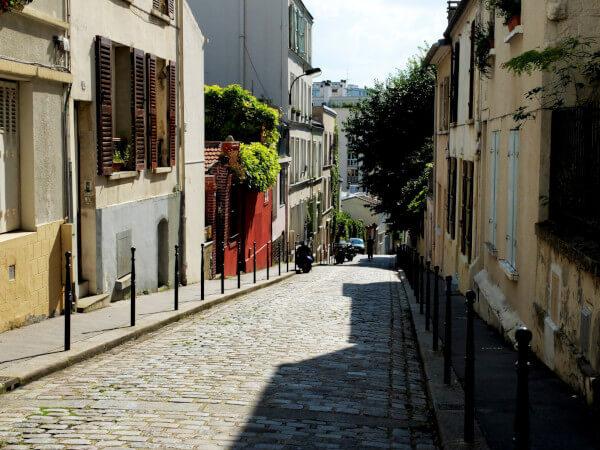 quartier valloné de Magali à Ménilmontant, maison en ville avec les rues vallonnées