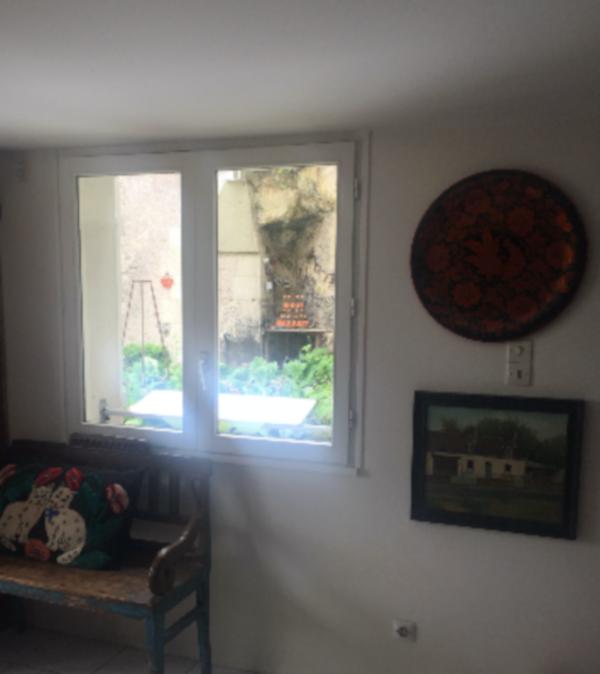 effet du réflecteur de lumière dans la maison troglodyte apport en lumière naturelle avec une pièce plus lumineuse