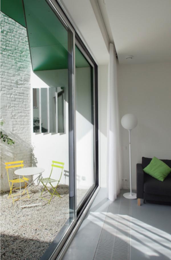 réflecteurs espaciel visser au mur verticalement lumière traversante dans la pièce pour faire entrer la lumière naturelle luminosité agréable