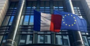 Diplomatic Representation in Brussels – How to naturally illuminate a dark office ?
